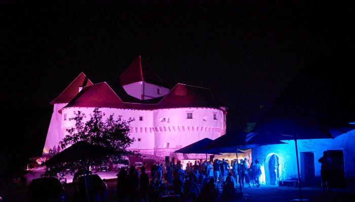 <em>Bijeli Božić</em>i <em>In the Air Tonight</em> pobjednici 19. Tabor film festivalapovezana slika